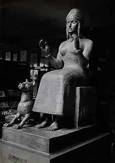 A_sculpture_of_Gula2C_Sumerian_deity_of_healing3B_side_view__P_Wellcome_V0031350EL.jpg