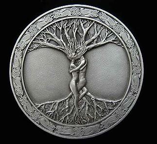 A tudás és Élet fája együtt adja az Égig érő szent fát!